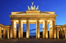 brandenburg-gate-in-berlin-000014411096_large